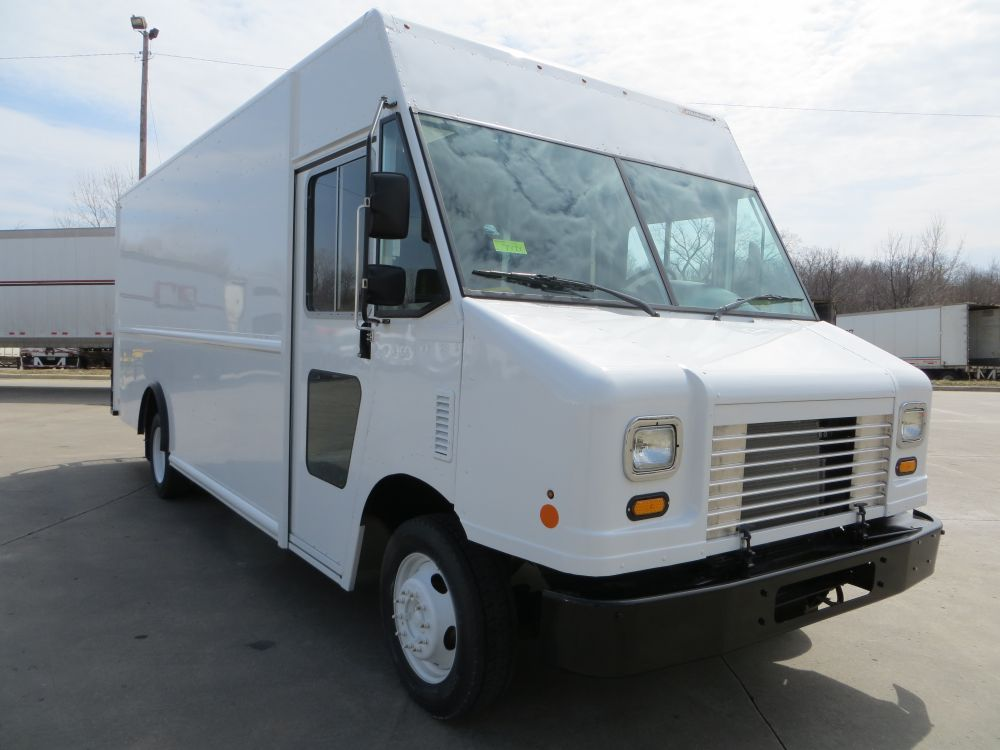 photo of New 2016 Ford P1200 Step Van