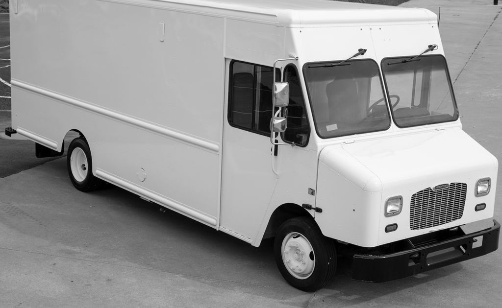 large image of 18-ft Ford 2018 Step Van P1000